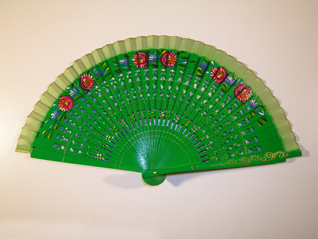 Wood and silk fan (green)