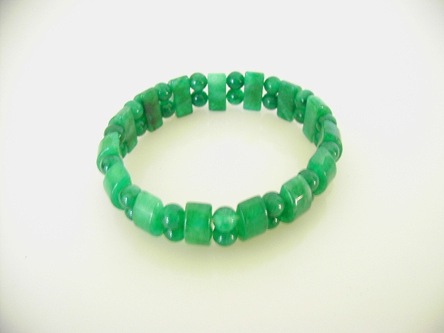 Jade coloured bracelet (model 2)