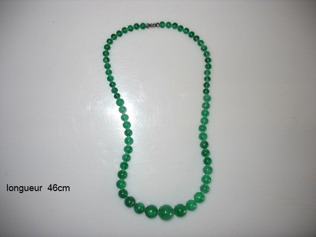 Bead necklace - dark jade colour