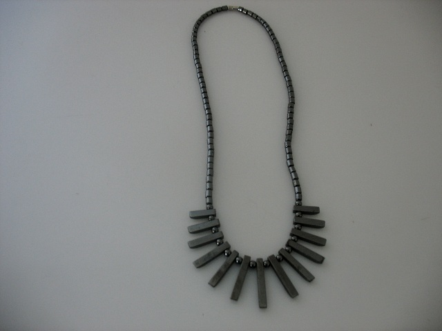 Hematite necklace, graded shape